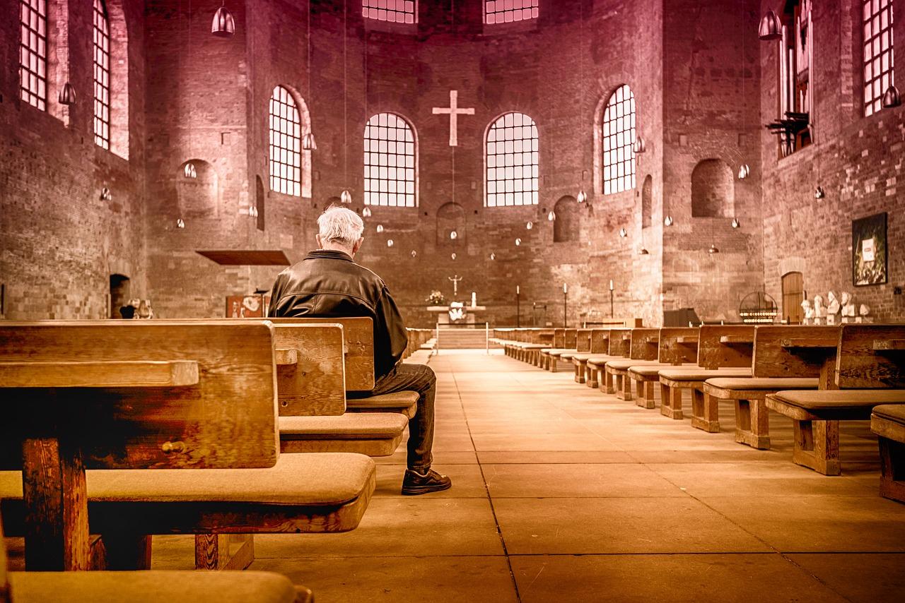 church-2464883_1280.jpg